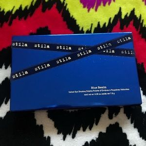 Stila Blue Realm Eyeshadow Palette
